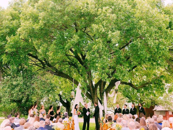 Tmx 1524845892 7ae540d5ba86324e 1524845891 7c97e97107b7bece 1524845887885 1  Annajonesphotogra Dallas Center wedding venue
