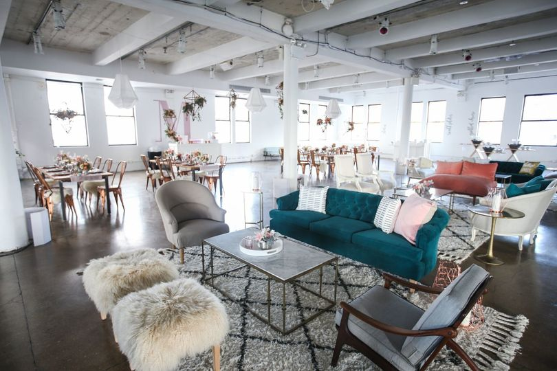 All About these lounge + Table vibes