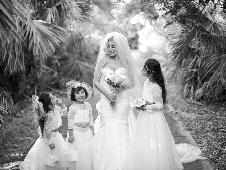 Tmx 102718 Oliviajohnny 023 51 363864 161254078590471 Sugar Land, TX wedding photography
