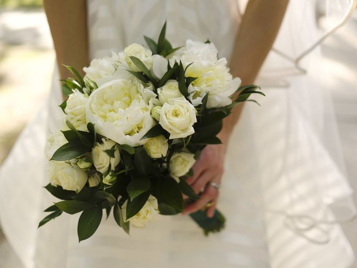 Tmx 1528681023 6c49cf0e15685f3f 1528681020 C69744c8908f369f 1528681011240 6 JustineMarc 0353 Boston, Massachusetts wedding florist