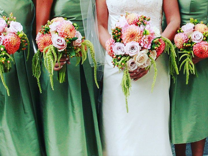 Tmx 1536110492 1815053451a96d39 1536110491 5c02f519f0528772 1536110494747 1 6f6e75 B77f19f8610 Boston, Massachusetts wedding florist