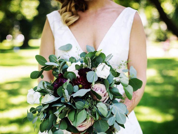 Tmx 1536110506 5c1ac503487afcda 1536110505 9afeaa933afd4d9f 1536110507940 2 IMG 5678 Boston, Massachusetts wedding florist