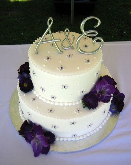Wedding cake with A&E