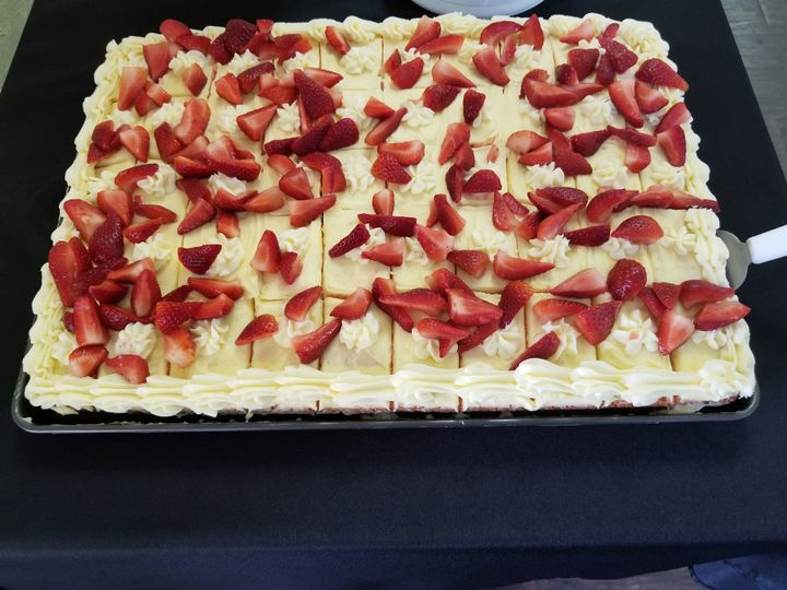 Strawberry cake serving