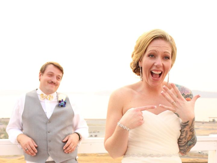 Tmx 1523910080 910345846e68ca7d 1523910077 3ba5ff783cc2bc81 1523910036103 21 IMG 7033 Tacoma, WA wedding planner