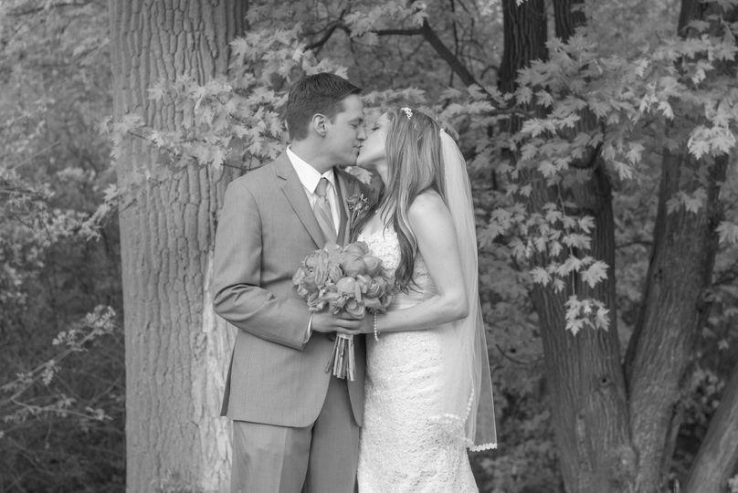 b2d7b457696c30d5 1438805457357 wedding photo 7