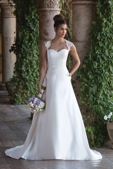 Sincerity Bridal	4001		Feel graceful in this Satin Queen Anne neckline accented by embroidered...