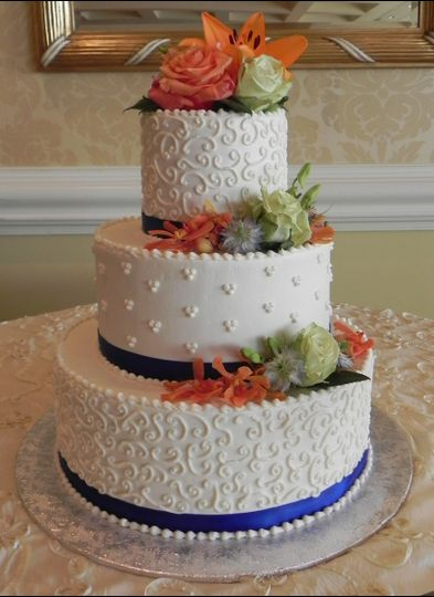 800x800 1412209540188 Teri Cake 3 1412209279580 Allisonweddingcake