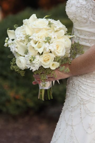 white bouquet for sample wedding