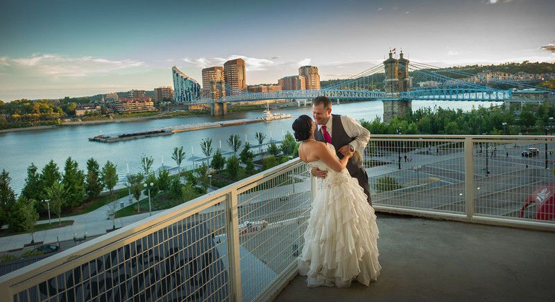 bdba448a295fc603 800x800 1450040350219 cincinnatiweddingphotographerstudio66wed
