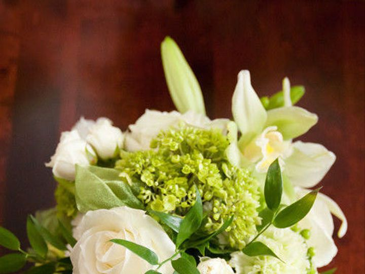 Tmx 1515895000 8d2b3f44d2561aa9 1515894934 Ebf81caf08498e64 1452737503554 081mg97082bridesmaid Acton, MA wedding florist