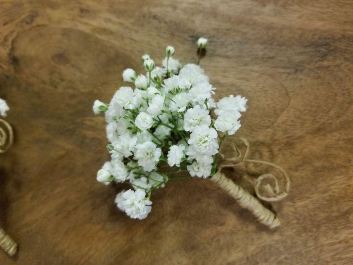 Tmx 1533842139 049cc704d8cb3b89 1533842135 9e9c099f69e7c8ec 1533842129720 2 Samsung Photos Upt Acton, MA wedding florist