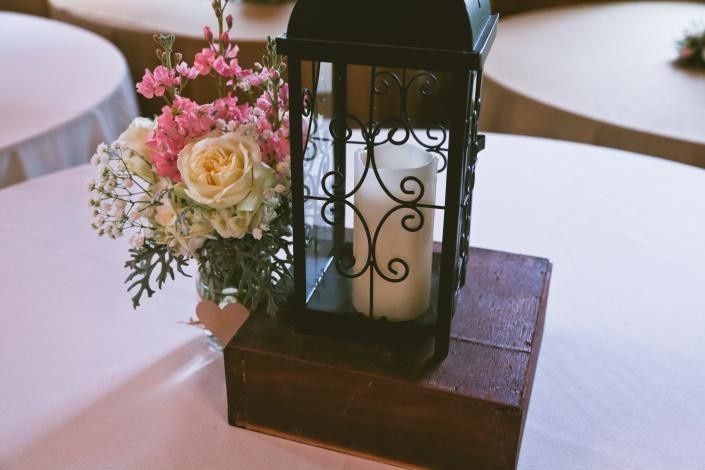 Small centerpiece accent