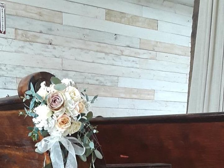 Tmx Big Sky Moncado Chapel Pew X9 51 967964 1566933634 Houston, TX wedding florist
