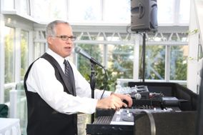 Chuck Russo - Professional Disc Jockey