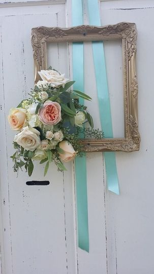 Flowers with ribbons