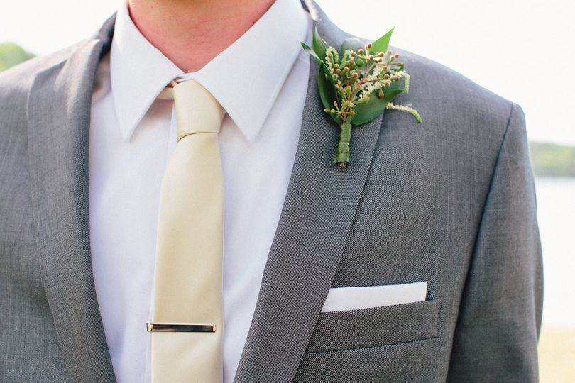 Groomsman's Boutonnière exclusively by Planned Perfectly HV