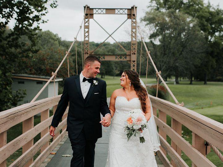Tmx 1517708626 Cb0275a4e6b14ab8 1517708625 Bb0d97f9f5ac41b9 1517708625513 16 TheRamsdens 5814 Lagrangeville, NY wedding florist