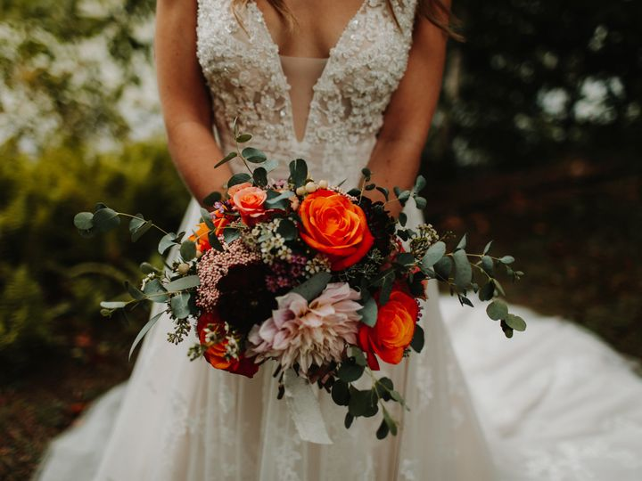 Tmx 1539282949 D24922772716daec 1539282947 7421a840346a0ce1 1539282952420 1 Shutterfly2AlannaT Lagrangeville, NY wedding florist
