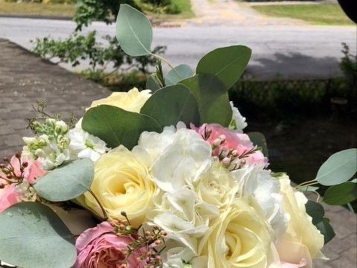 Tmx 1539283085 3b9c50d25c43656b 1539283084 D41b7ecf5eafd513 1539283090123 4 Shutterfly2Amanada Lagrangeville, NY wedding florist