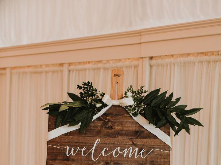 Tmx 1539283365 84f31b18f499f46a 1539283363 F58457b6199d035f 1539283368867 12 Shutterfly2LiciaT Lagrangeville, NY wedding florist