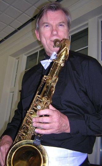 Dave - Sax, Background vocals