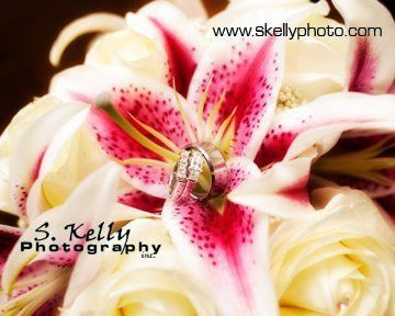 Tmx 1328025796027 255023101502253061394617108209946071130895302325n Dubuque wedding florist