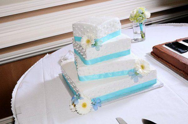 Tmx 1328025812949 14874451663238316676500233306537976846525n Dubuque wedding florist