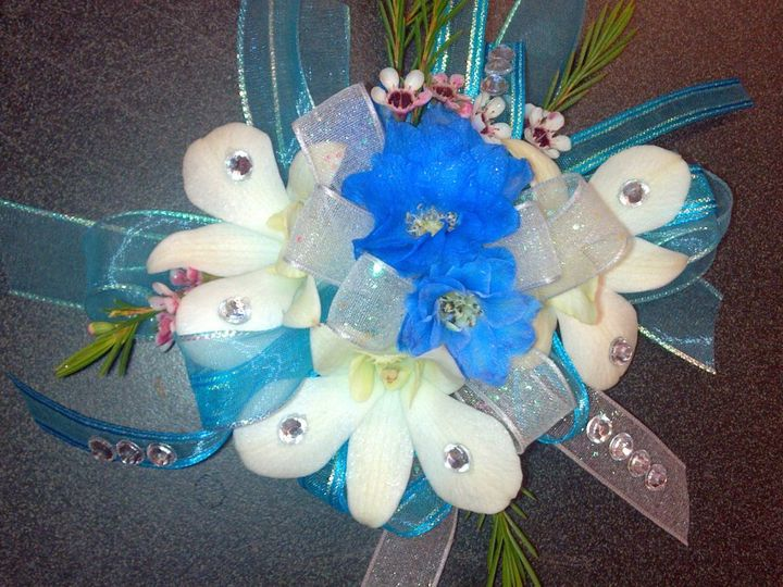 Tmx 1342380789872 20120510125803861 Dubuque wedding florist