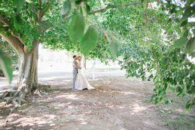 Catara Carrell - Wedding Photographer