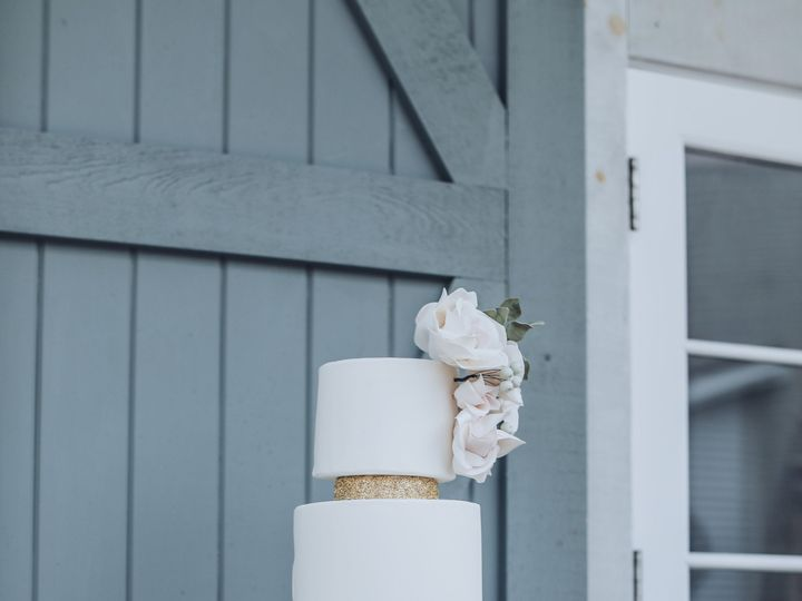 Tmx Img 18 51 949074 158164056793109 Haverhill, MA wedding photography