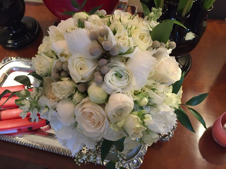 Spring wedding bridal bouquet. Classic elegance
