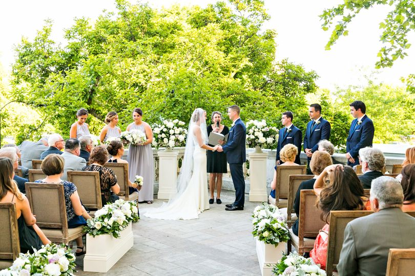 DAR in Washington DC - outdoor wedding ceremony
