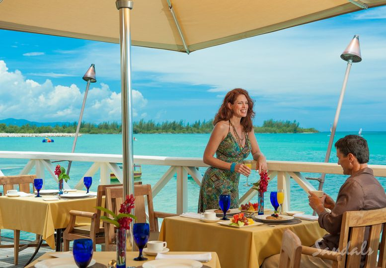 Dine above water