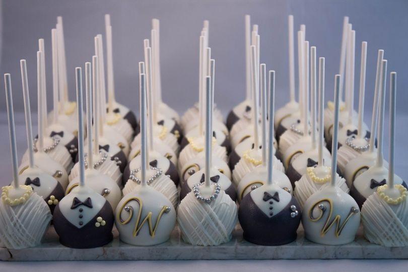 Melinda\'s Marvels - Wedding Cake - Simpsonville, SC - WeddingWire