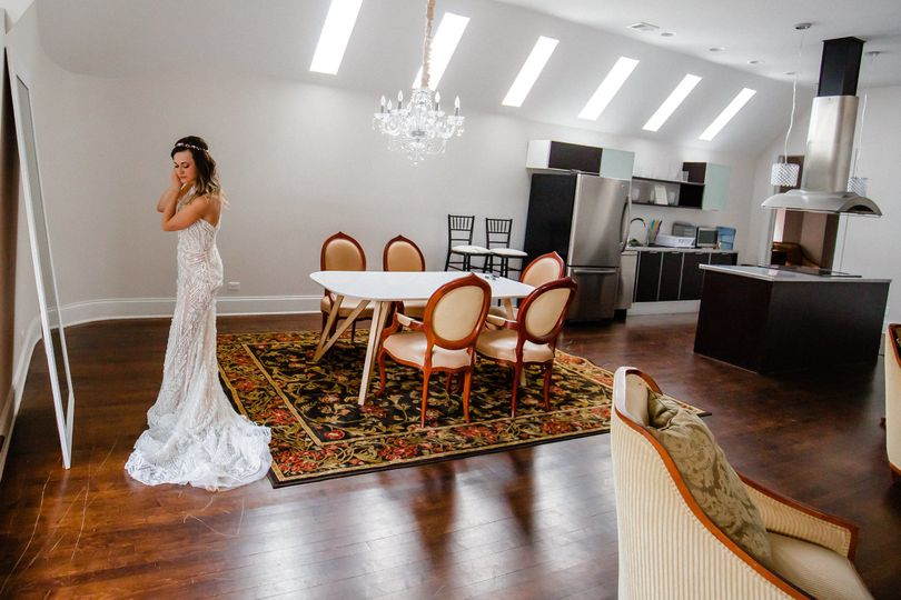 Our beautiful 2 bedroom 2 baths Suite will be perfect to get ready on your wedding day