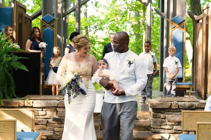 Thorncrown chapel wedding