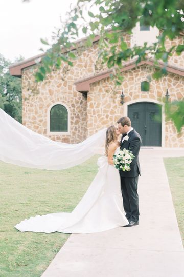 Newlyweds outside the Chapel
