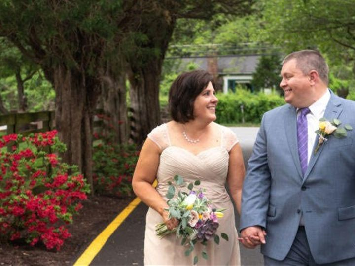 Tmx Bride And Groom Front Drive Way 51 1274 158920672671887 Brookeville, MD wedding venue