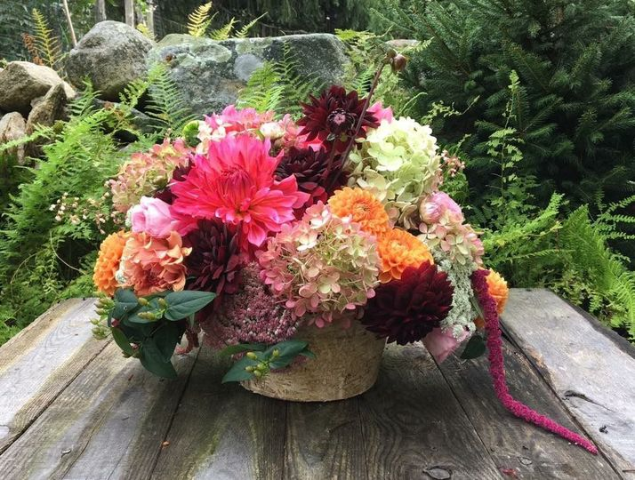 Big and colorful centerpiece