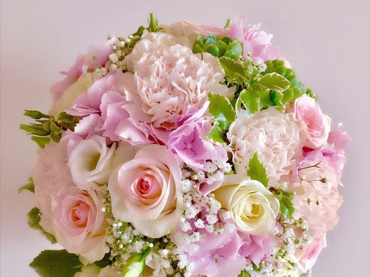 Tmx 1524239187 39c9e17c4aa267e2 1524239186 37a7097a77a5d9f2 1524239183378 8 IMG 1569 Cloverdale wedding florist
