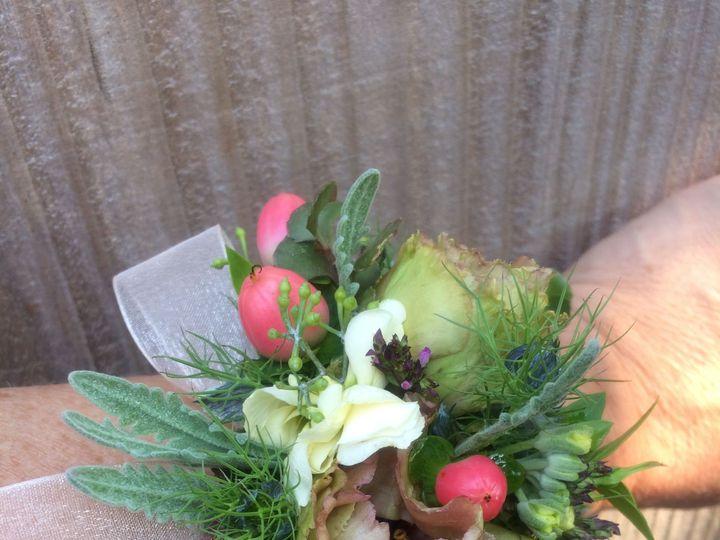 Tmx 1524239927 21b63580a2f0b90b 1524239924 4fb4fdd3d0563cf5 1524239897371 18 IMG 1910 Cloverdale wedding florist