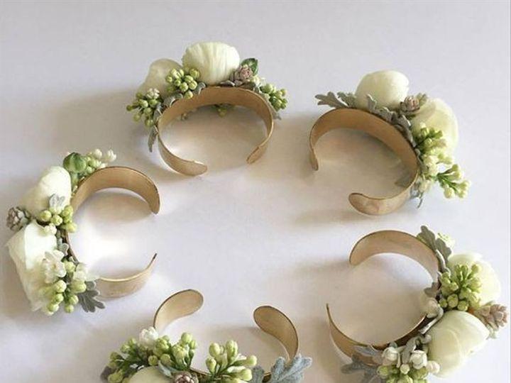 Tmx Custom Cuff Corsage 1 51 972274 158411200626942 Cloverdale wedding florist