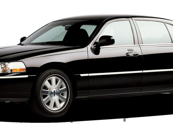 Tmx 1516909965 C8e4e126889a4e96 1516909963 9607e6da294724d7 1516909962811 1 Black Car Chapel Hill, NC wedding transportation