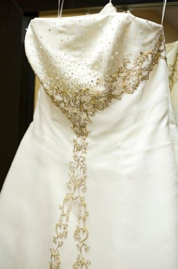 It S Your Day Bridal Consignment Dress Amp Attire