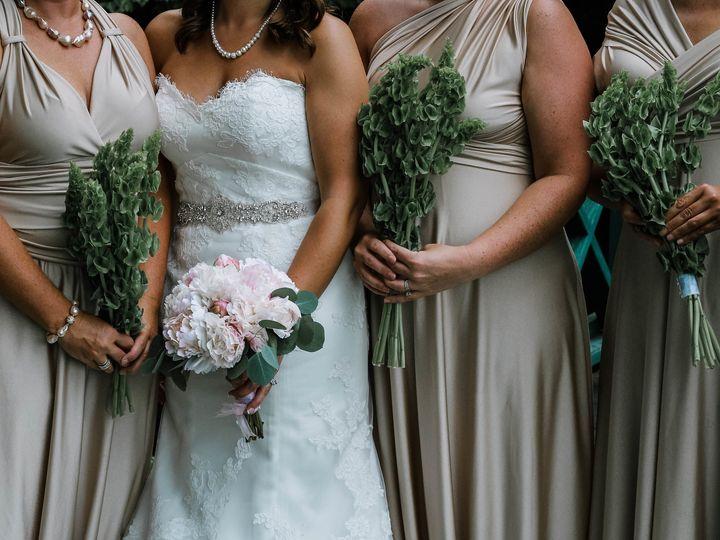 Tmx 1533752879 E66420427a3e1178 1533752873 0fcc2185db4e9e48 1533752883402 6 Phillips Wedding E Spruce Pine, North Carolina wedding planner