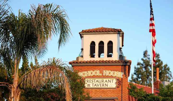 School House Restaurant & Tavern
