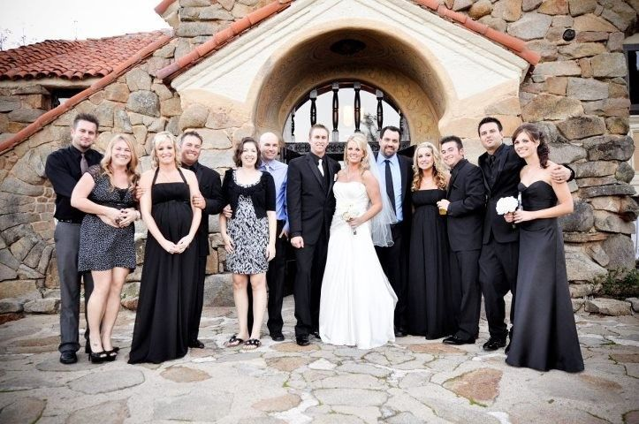 Andy @ Mt. Woodson with the bride, groom, and 5 past couples he helped in attendance