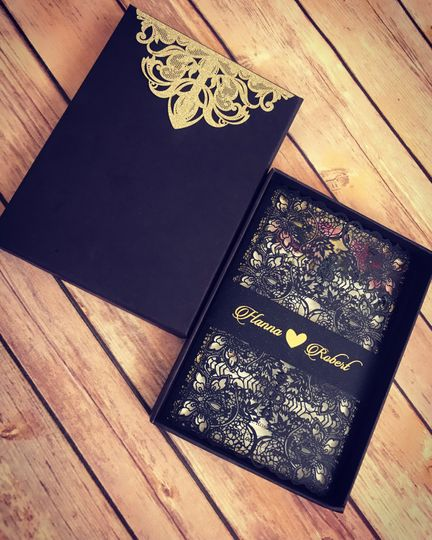 Elegance Lace Box Invitation