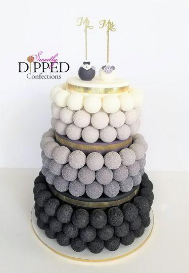 Black ombre cake pop cake